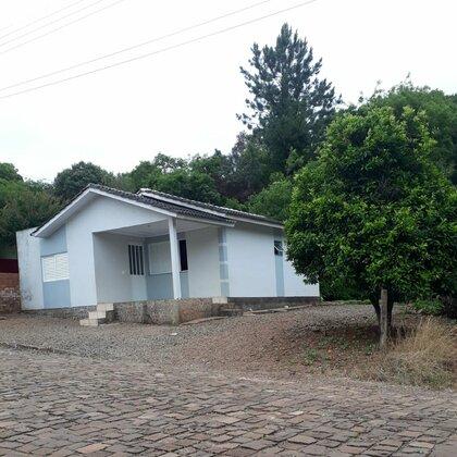 Vende-se casa mista em excelente localização na cidade de Vila Maria!! Confira!!